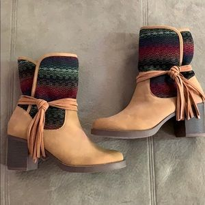 Sugar brand, brand new tan booties